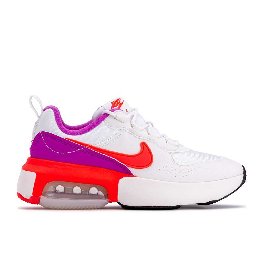 حذاء Foot locker